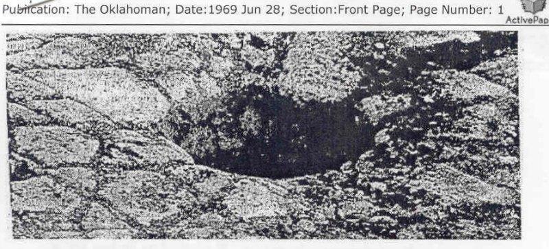 Uno de los extraños agujeros encontrados sobre el suelo de aparente mosaico. (Fotografía: Código Oculto)