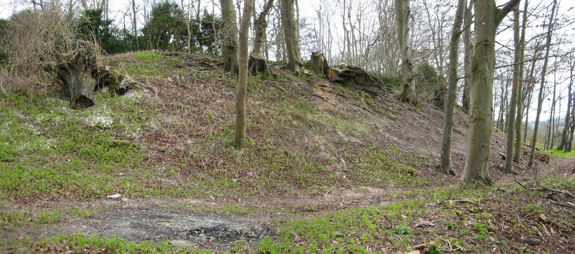 """Amesbury, condado de Wiltshire, vista de la ladera norte de Blick Mead (""""Campamento de Vespasiano""""). (Public Domain)"""