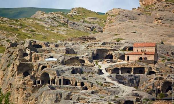 Ancient-Caves-of-Uplistsikhe.jpg
