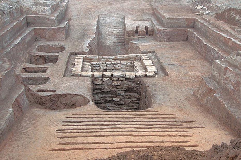 La antigua tumba había sido completamente saqueada, aunque parece que uno de los ladrones pagó un alto precio por ello. Fotografía: Chinese Cultural Relics