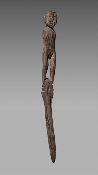 Antigua estatuilla de madera, probablemente datada entre los años 400 a. C. y 100 a. C., descubierta en el Col Collon, paso de montaña que une Arolla (Suiza) con Bionaz (Italia). (Musée d'histoire du Valais/Michel Martinez)
