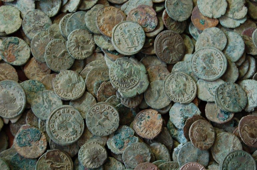 Antiguas monedas romanas (Public Domain)