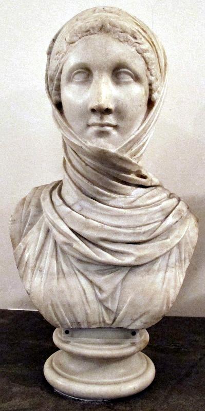 Antiguo busto romano de una vestal. Museo Arqueológico de Nápoles. (Sailko/CC BY-SA 2.5)