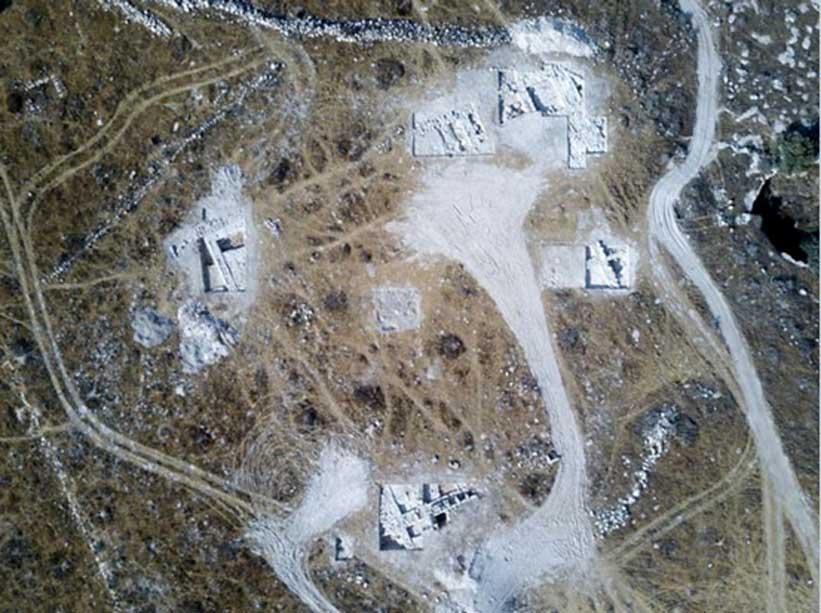 Área donde se encontró la gran estructura, posiblemente un templo o palacio, descubierto en el transcurso de unas excavaciones. Fotografía aérea (Foto: Dane Christensen)