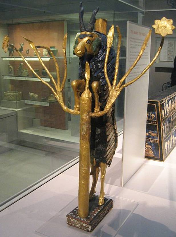 'Carnero en un matorral', escultura descubierta en PG 1237. (Jack1956/CC BY SA 3.0)