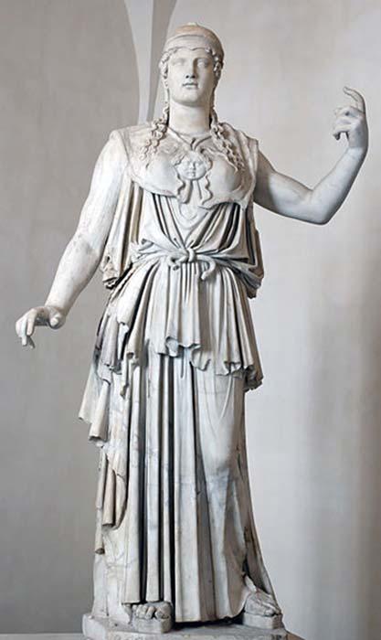 Atenea Partenos ataviada con un peplo. (Aavindraa/Dominio público)