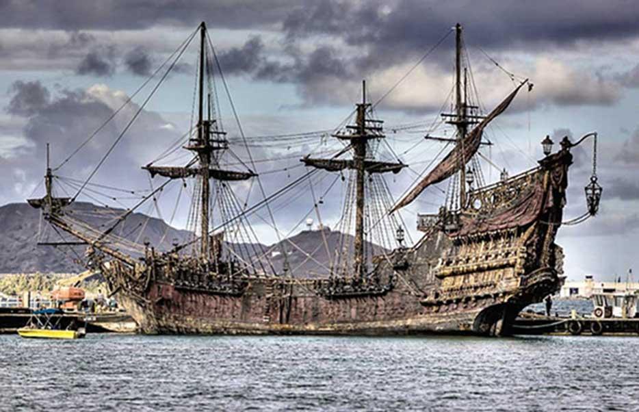 Barco-pirata-Barbanegra