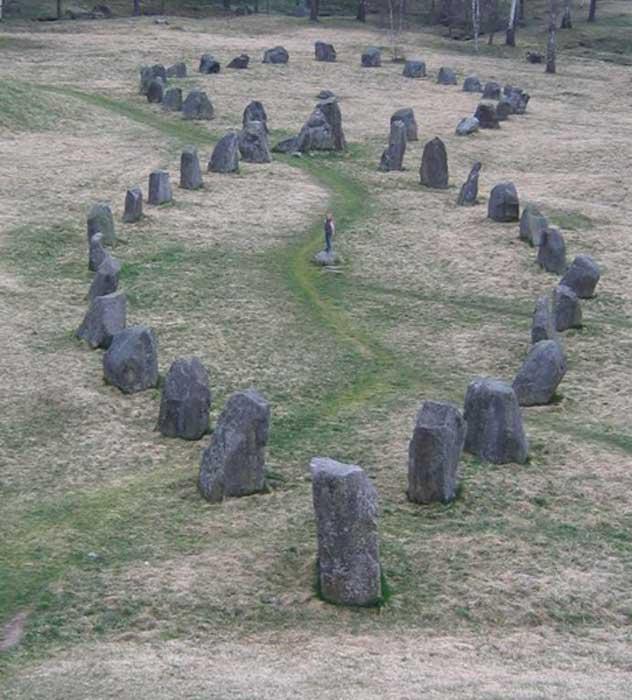 Barcos de piedras del túmulo de Anund, Suecia. (CC BY-SA 3.0)