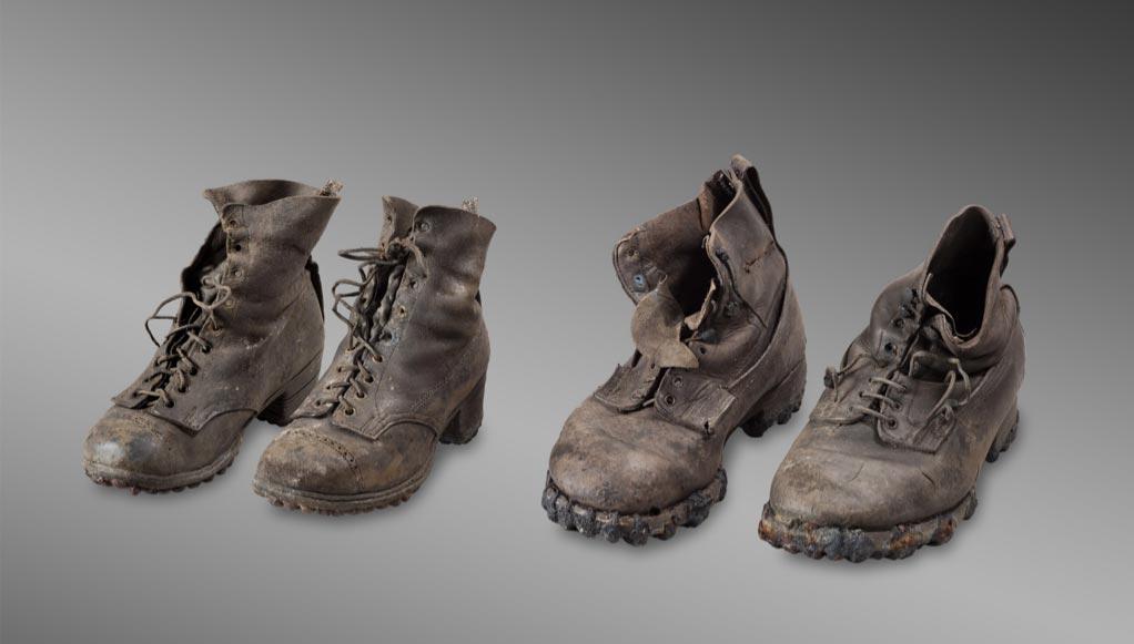 Botas pertenecientes a Marcelin y Francine Dumoulin, desaparecidos el 15 de agosto de 1942 en condiciones de mal tiempo en el glaciar de Tsanfleuron, cerca de Les Diablerets. (Musée d'histoire du Valais/Michel Martinez)