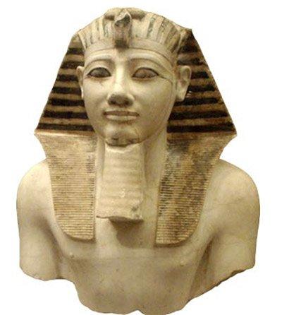 El hijastro de Hatshepsut, Tutmosis III, intentó borrar de la historia todo rastro de su madrastra. (Wikipedia)