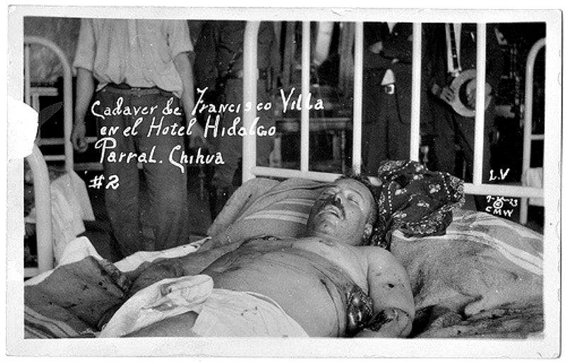 Cadáver de Pancho Villa expuesto poco después de su asesinato en el Hotel Hidalgo de Parral, México. (National Museum of Health and Medicine/ Flickr/CC BY 2.0)