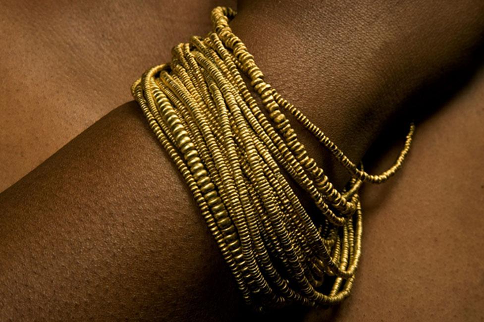 Cadenas de cuentas de oro procedentes de Mapungubwe (CC Department of UP Arts, Universidad de Pretoria)