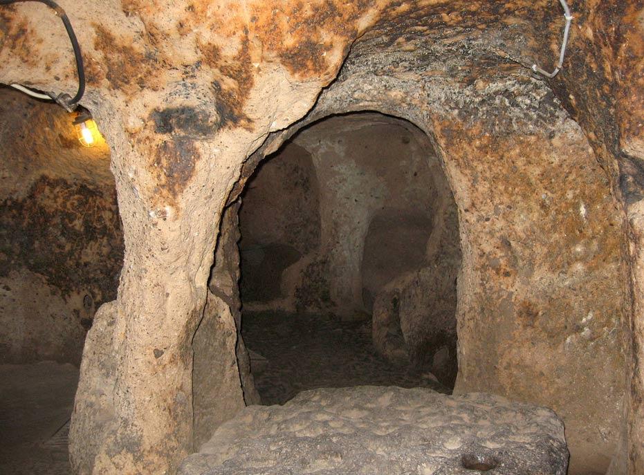 Vivienda subterránea de Capadocia (Fotografía: Ed Yourdon/Wikimedia Commons)