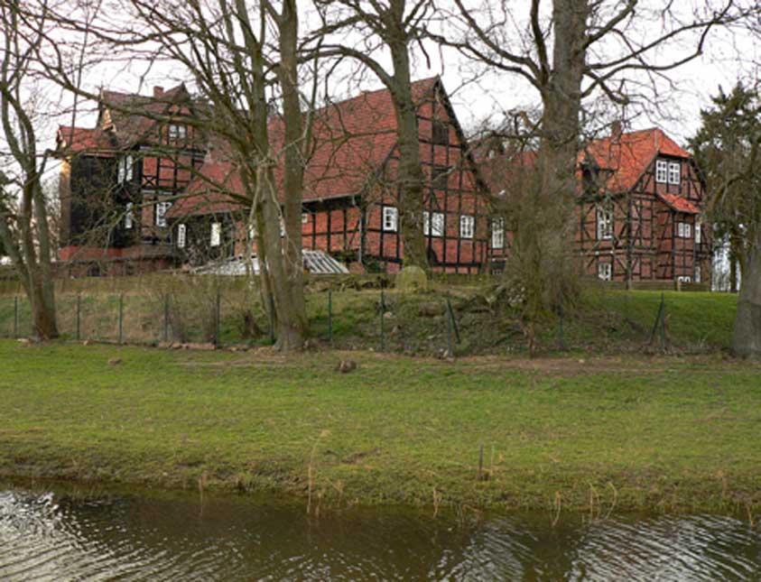 El castillo de Ahlden (Schloss Ahlden) con su foso, donde Sofía vivió exiliada y apartada del mundo (Public Domain)