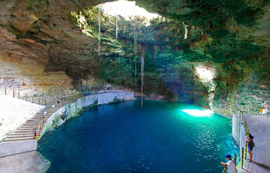 Cenote Hubiku, Mérida – México (Jorge Sanmartín Maïssa / Flickr)