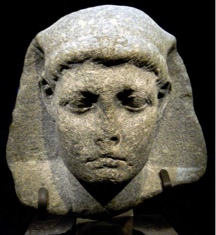 """Escultura de Cesarión, de la exposición sobre Cleopatra """"Unravel the Mystery"""", Instituto Franklin de Filadelfia (CC0 1.0)"""