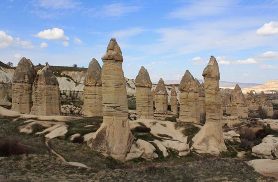 Se encontraron bajo las aguas del lago Van 'chimeneas de hadas', un elemento característico de algunas regiones de Turquía (Arian Zwegers / flickr)