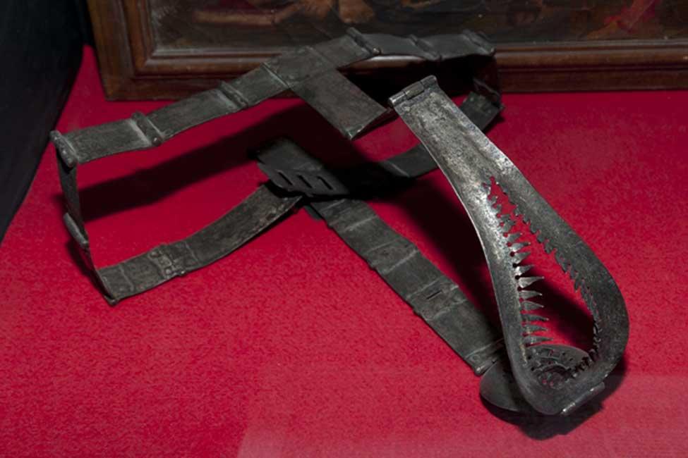 Cinturón de castidad medieval para mujeres. (Adwo/Adobe)