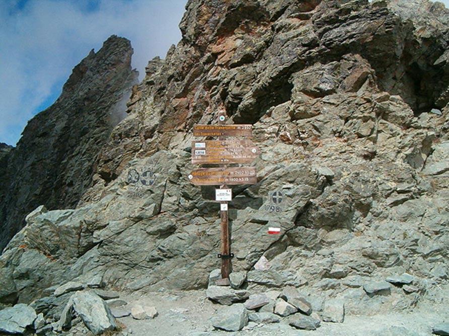 Col de la Traversette. Luca Bergamasco/Wikimedia. (CC BY 3.0)