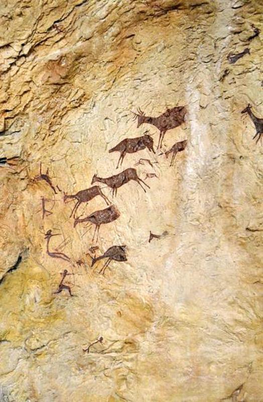 Escena de caza de ciervos de la Cova dels Cavalls, magnífica muestra del arte rupestre levantino. Reproducción del Museo de Valltorta. (Joanbanjo/CC BY-SA 3.0)
