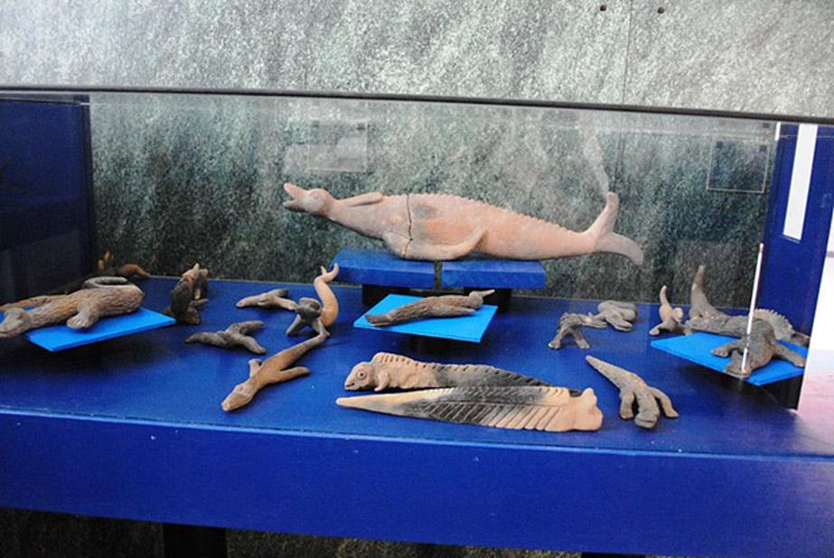 Algunas de las figuritas de Acámbaro se asemejan a reptiles o criaturas marinas. (CC BY SA 3.0)