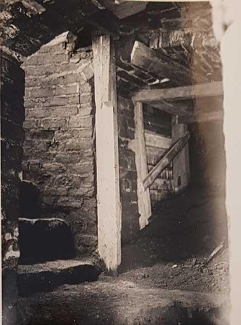 La excavación de una cámara oculta reveló la presencia de la cripta. (Imagen: VK / Otto-Iivari Meurman)