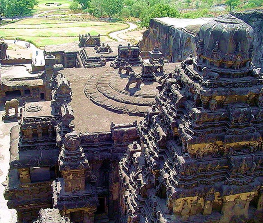 Templo de Kailasha: su construcción se atribuye por lo general al rey Krishna I de la dinastía Rashtrakuta. (Pratheepps/CC BY SA 2.5)