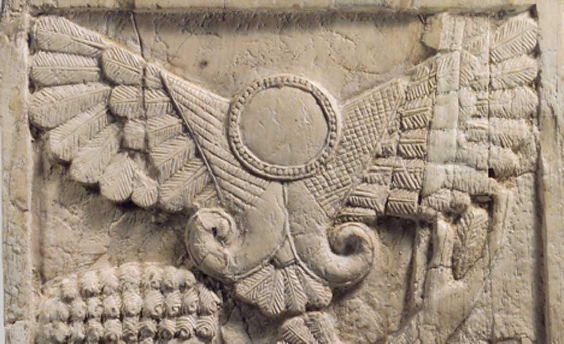 Disco alado asirio. Uno de los muchos glifos que representan a las deidades que surgieron en todo el mundo tras el paso del cometa en el 1486 a. C. (Public Domain)