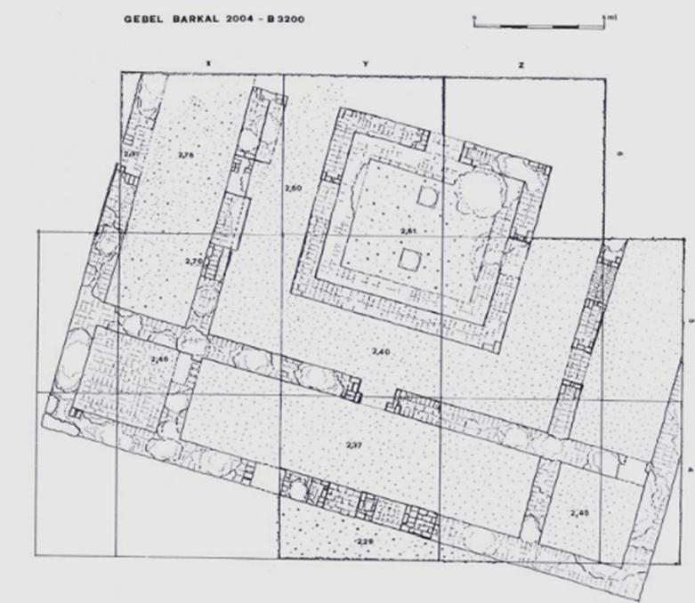 """Planta del Edificio B3200 de Gebel Barkal. (Universidad """"La Sapienza"""")"""