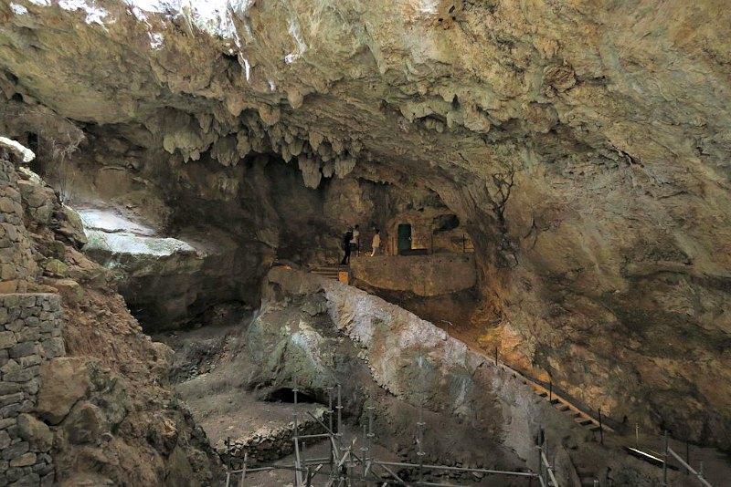 Entrada a la Cueva de El Castillo. (Malopez 21/CC BY-SA 4.0)