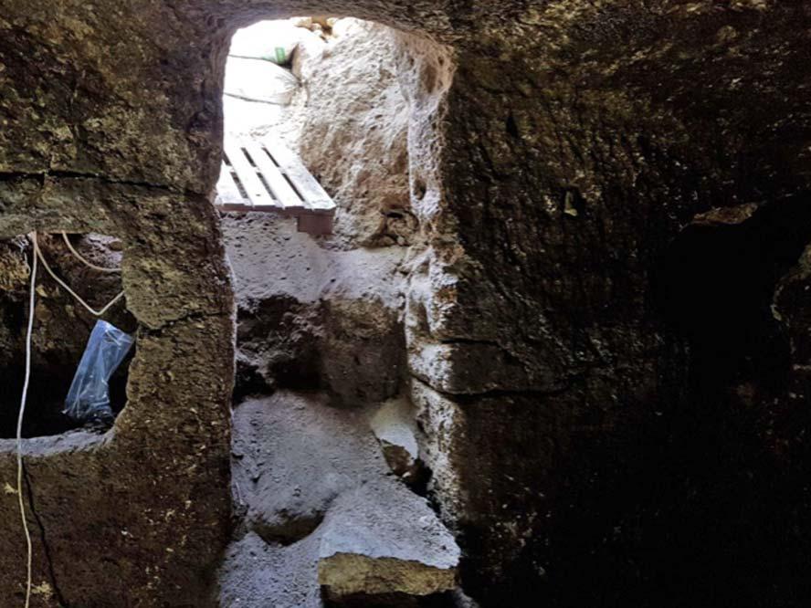 Entrada a la cueva en la población galilea de Eilabun. Fotografía: Autoridad de Antigüedades de Israel