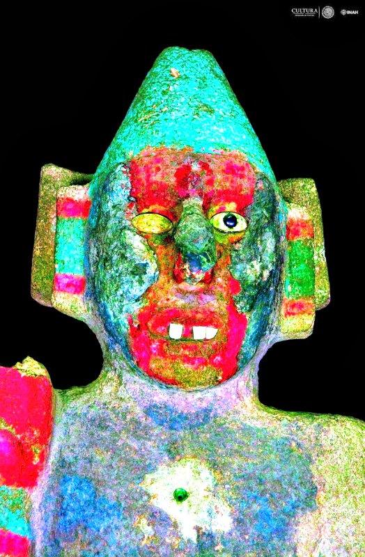 Arqueólogos y expertos crearon altos contrastes en fotografías de alta resolución de cada escultura, lo que hizo posible observar sus colores en un tono más intenso. (Fotografía: PTM-INAH)