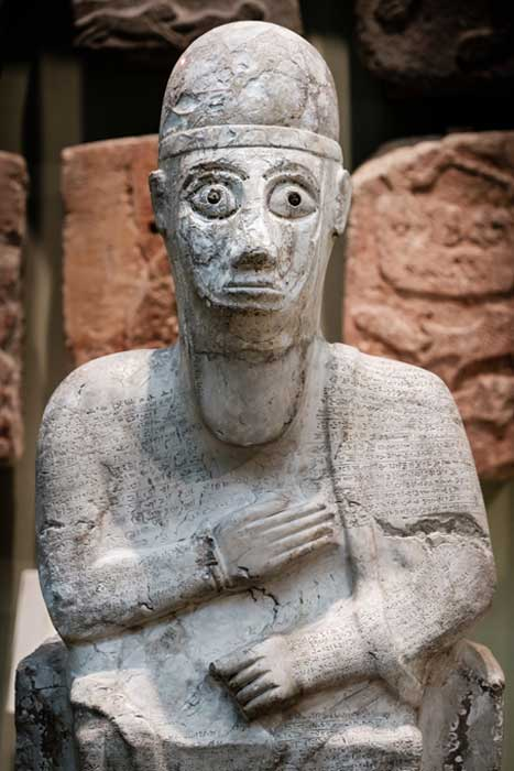 Estatua de Idrimi. Tell Atchana, Turquía, siglo XVI a. C. (Tracey Howe para Making Light)