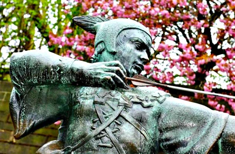 Estatua de Robin Hood en Nottingham, Inglaterra. (BigStockPhoto)