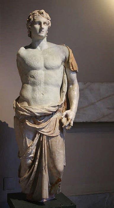 Estatua de Alejandro Magno. Museo de Arqueología de Estambul. (Public Domain)