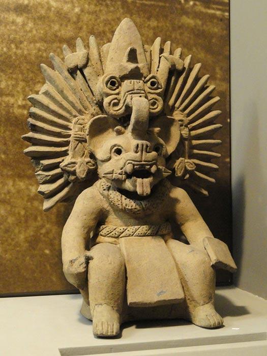 Escultura de una de las deidades de Lambityeco (Wikimedia Commons/Daderot)