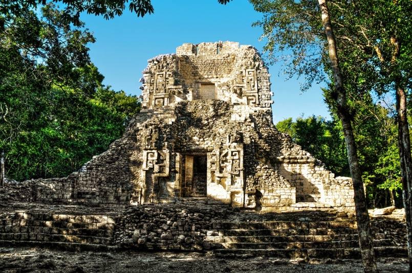 Estructura XX del yacimiento arqueológico de Chicanná. (Daniel Mennerich/CC BY NC ND 2.0)