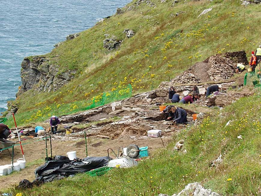 Excavaciones de agosto del 2017 en Tintagel. (Dominio público)