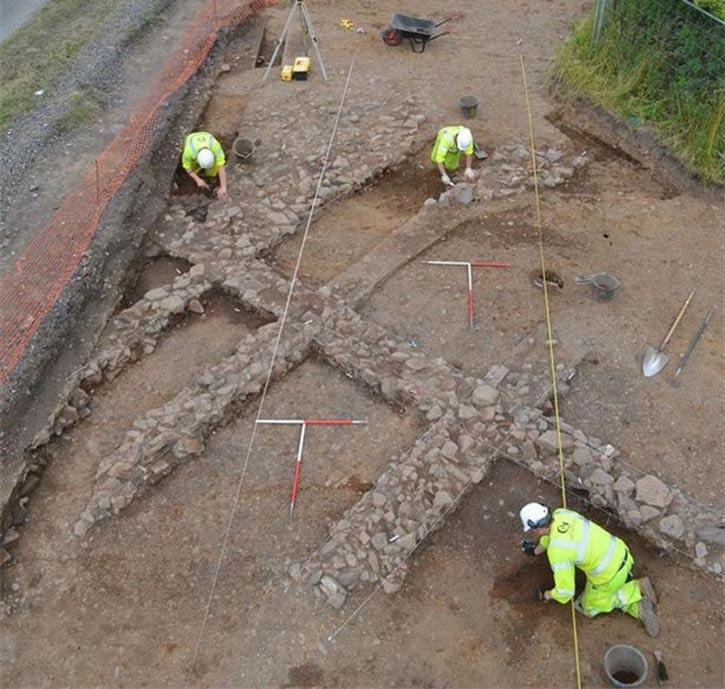 Excavaciones en la antigua aldea escocesa de Cadzow. (Transport Scotland)