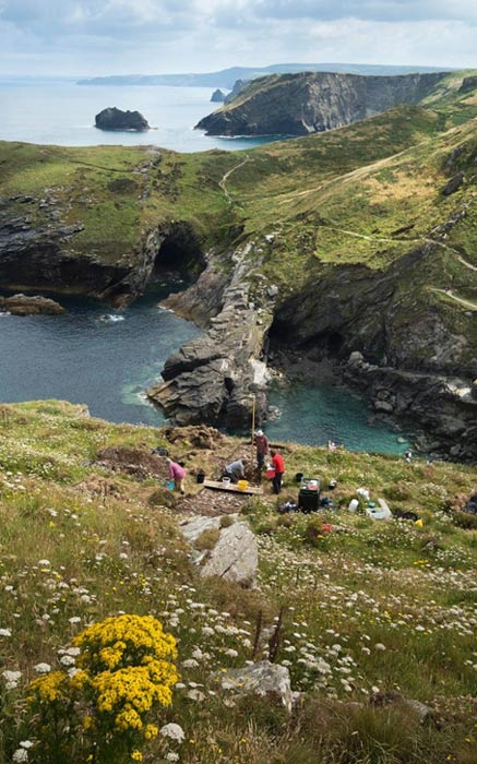 Excavaciones en el castillo de Tintagel. (Emily Whitfield-Wicks)