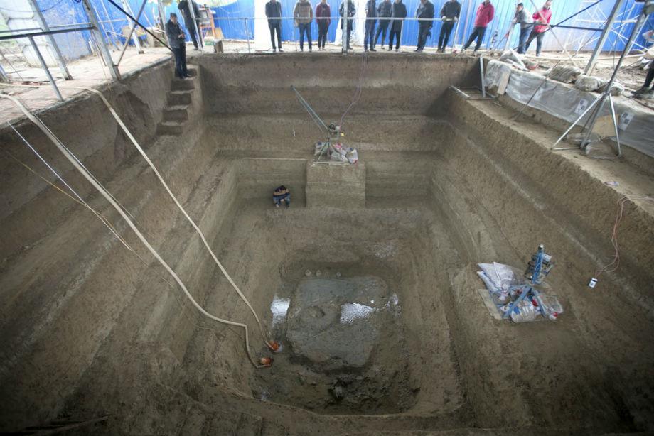 Excavaciones-tumba-real-Luoyang.jpg