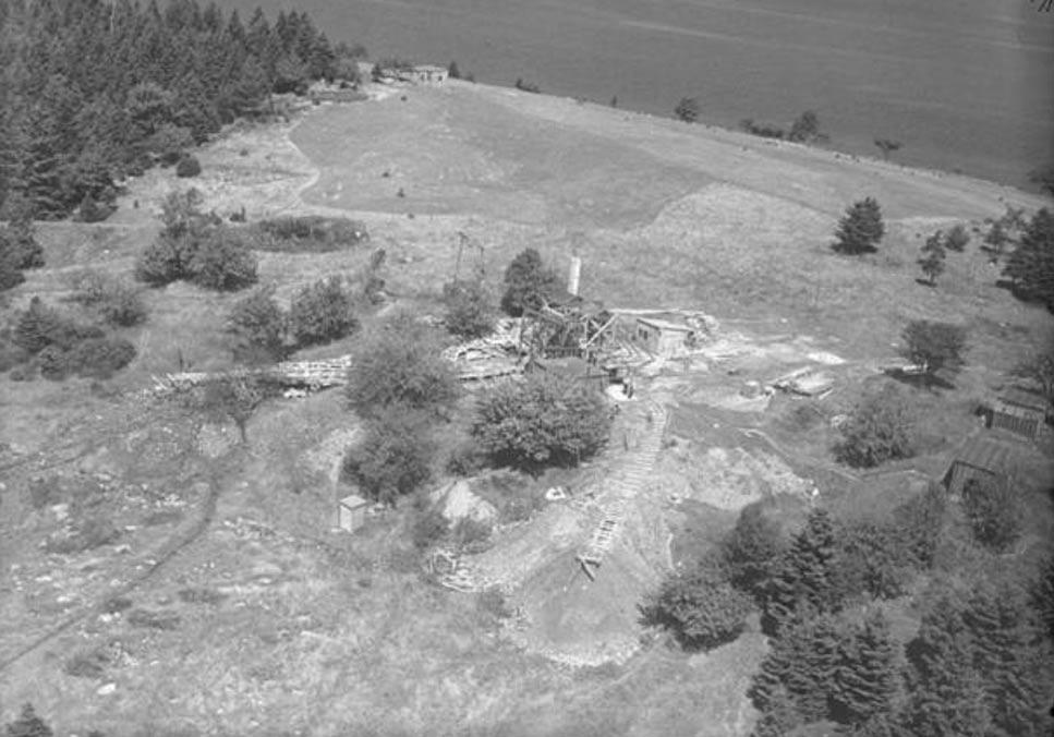 Excavaciones y construcciones de Oak Island, Nueva Escocia, Canadá, agosto de 1931. (Wikimedia Commons)
