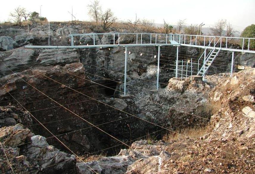 Excavaciones en Sterkfontein. Esta zona contenía regiones de sabana en la que vivían los homínidos cuyos fósiles analizamos. John Walker
