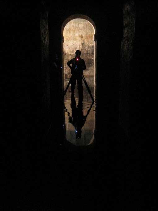 Explorando los túneles de La Valeta, Malta. (Valletta Underground)
