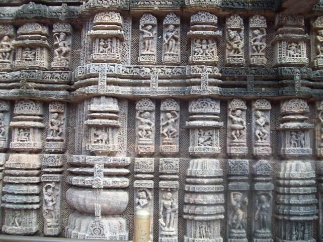 Figuras-danzantes-templo-del-sol-Konark.jpg