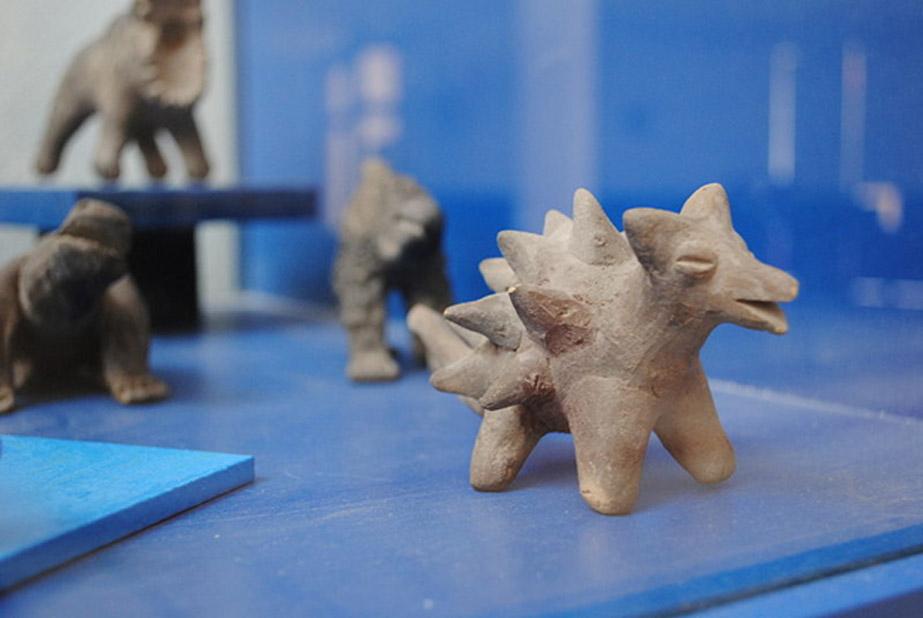 Detalle de algunas de las figuras de Acámbaro de aspecto mitológico. (CC BY SA 3.0)