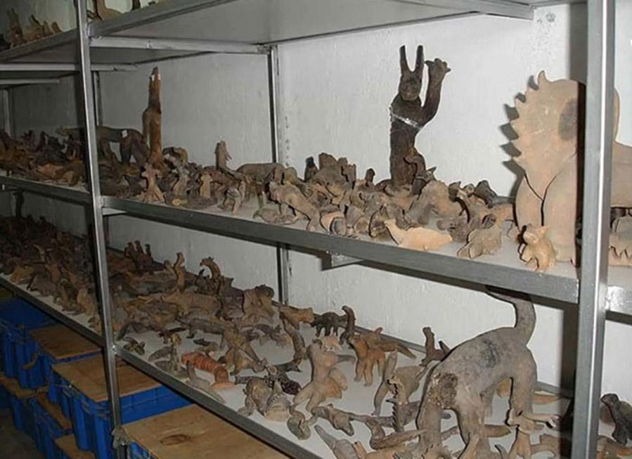 Algunas de las figuritas de arcilla que forman parte de la colección de Acámbaro. (The Greater Picture)