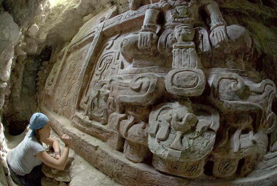 El imponente friso maya se encontraba en excelente estado. (Francisco Estrada-Belli/Nola.com)