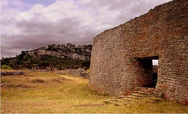 Ruinas de Gran Zimbabwe, Masvingo, Zimbabwe (Macvivo/Wikimedia Commons)