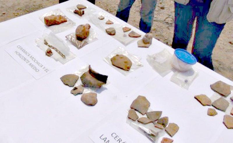 Algunos de los fragmentos cerámicos recuperados recientemente en Cerro Luya. (Fotografía: Arqueología del Perú)